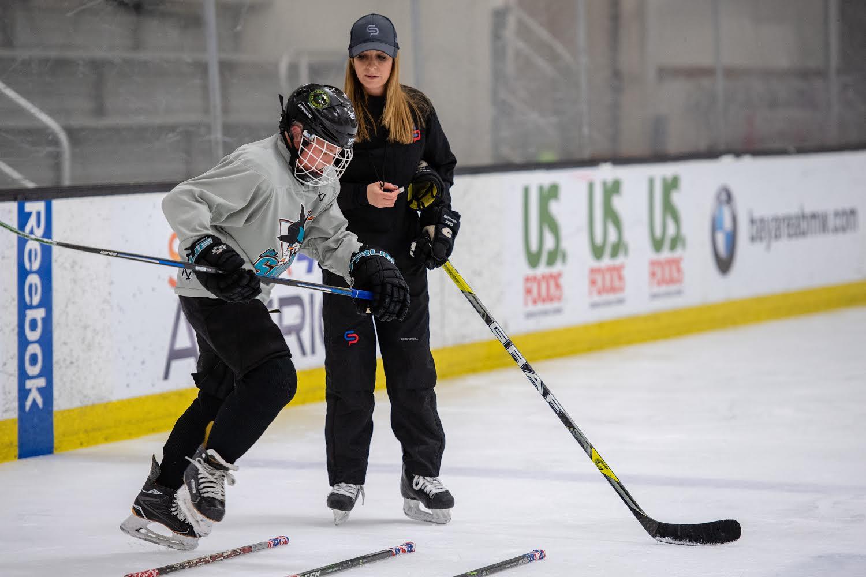Cathy Andrade Power Skating lesson